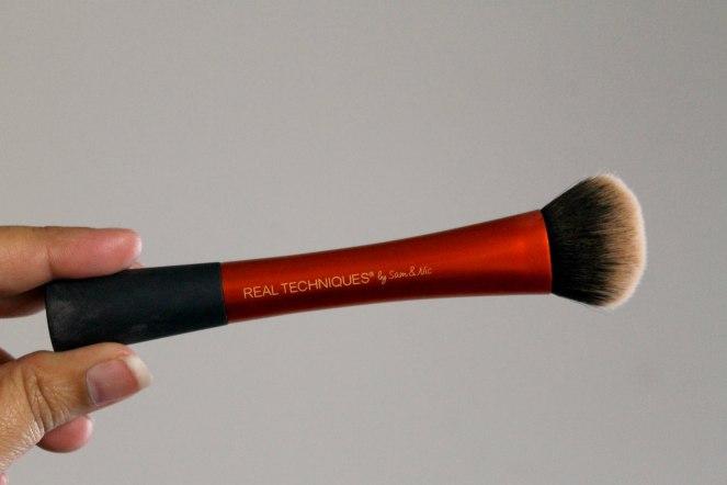 hg-brushes-3