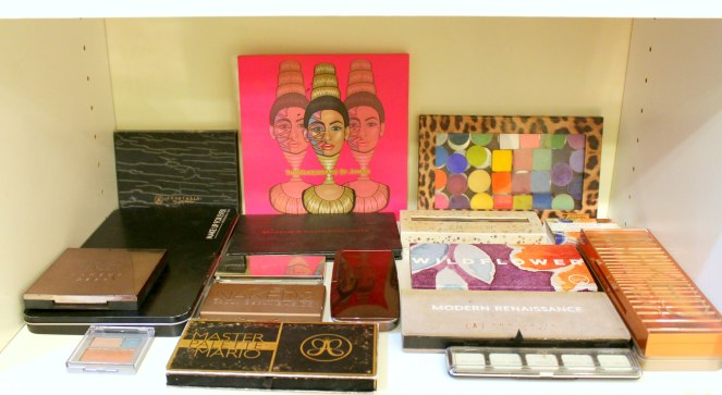 Makeup storage 5